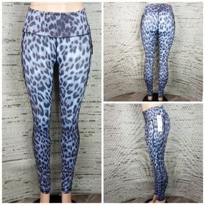 NWT Just Live Alter Ego Leggings in Snow Leopard